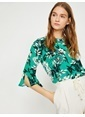 Koton Truvakar Kol Çiçekli Bluz Yeşil